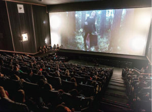 Cinema praticamente lotado para o evento. | Crédito: Ezequiel Medeiros